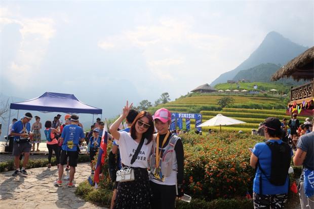 MC Thùy Dung và Á hậu Hoàng My hào hứng tham gia giải Vietnam Mountain Marathon 2017 tại Sapa - Ảnh 4.