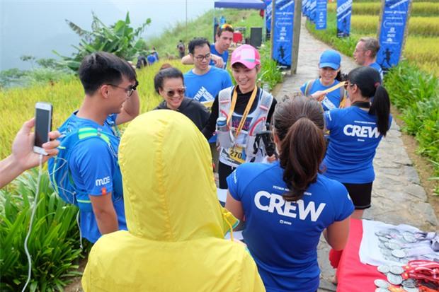 MC Thùy Dung và Á hậu Hoàng My hào hứng tham gia giải Vietnam Mountain Marathon 2017 tại Sapa - Ảnh 6.