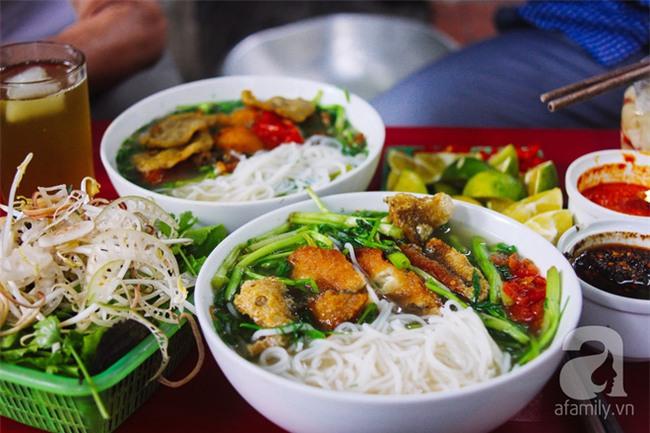 5 quán bún cá ở Hà Nội ngon đến mức, ăn một lần là mê ngay tắp lự - Ảnh 1.