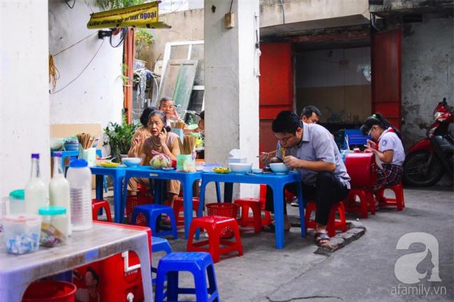 5 quán bún cá ở Hà Nội ngon đến mức, ăn một lần là mê ngay tắp lự - Ảnh 3.
