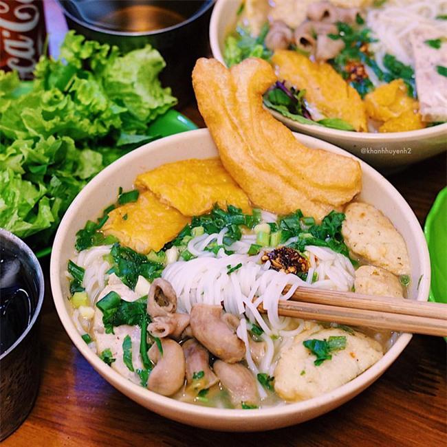 5 quán bún cá ở Hà Nội ngon đến mức, ăn một lần là mê ngay tắp lự - Ảnh 36.