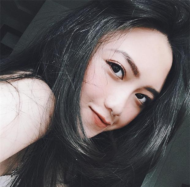 Nữ sinh Đà Lạt sở hữu góc nghiêng ăn đứt dàn hot girl Instagram Nhật - Hàn - Ảnh 3.