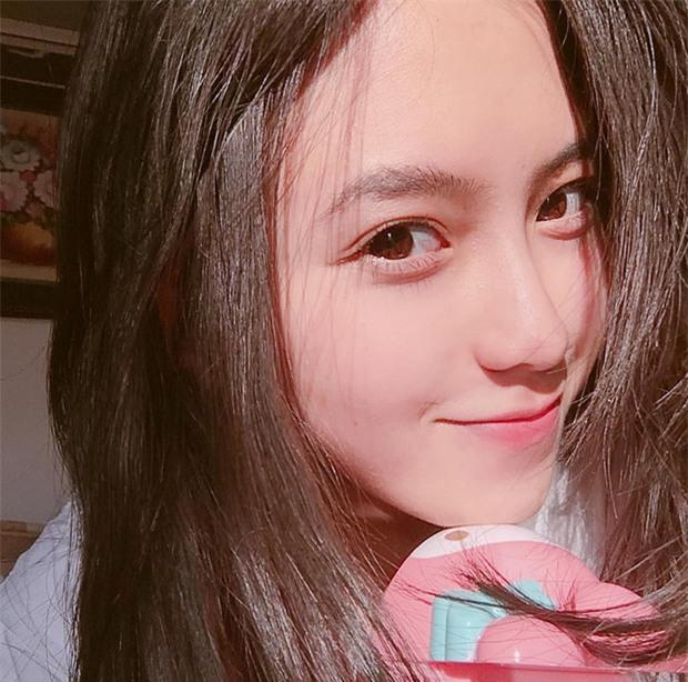 Nữ sinh Đà Lạt sở hữu góc nghiêng ăn đứt dàn hot girl Instagram Nhật - Hàn - Ảnh 7.