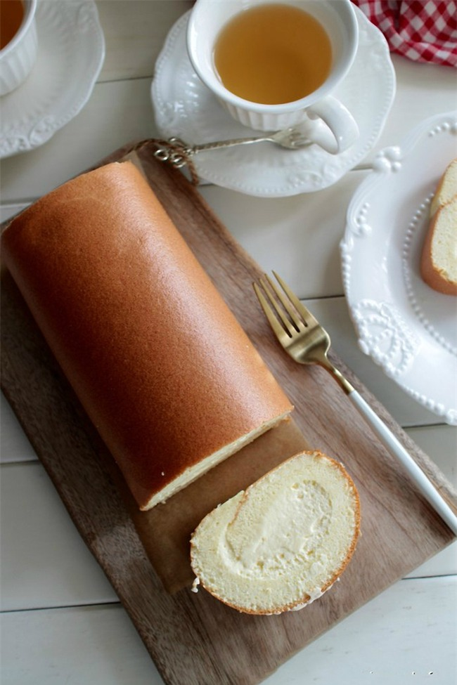 Muốn làm bánh cuộn mềm mịn không bị nứt mặt, bạn nhất định phải đọc bài viết này - Ảnh 6.