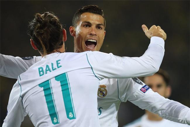 Bale kiến tạo cho Ronaldo nhân đôi cách biệt