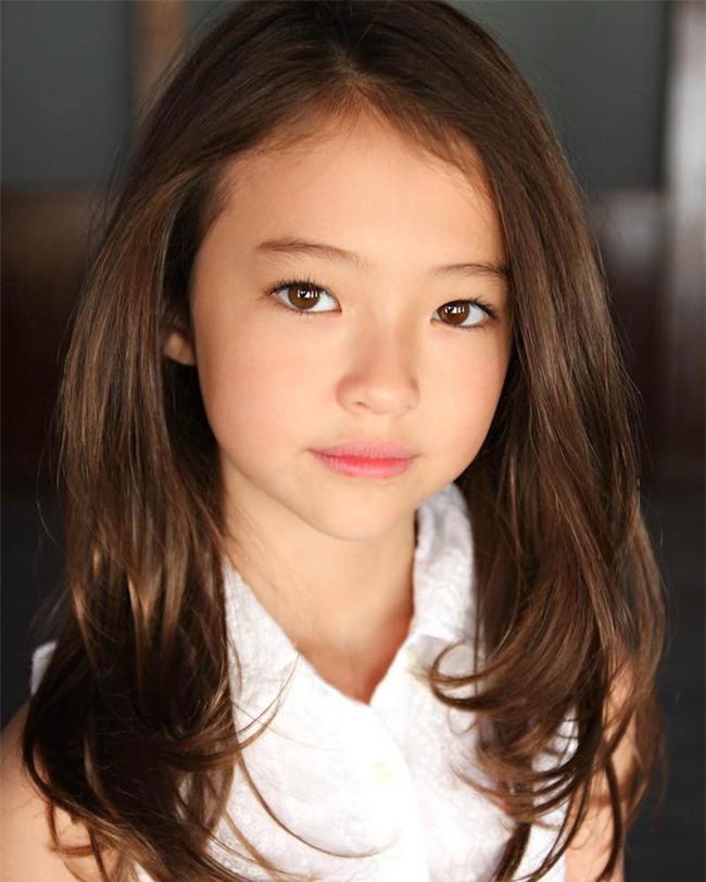 Bé gái Hàn lai Mỹ, mẫu ruột của thương hiệu thời trang đình đám Zara Kids là ai? - Ảnh 10.