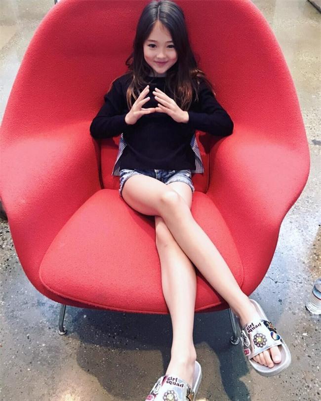 Bé gái Hàn lai Mỹ, mẫu ruột của thương hiệu thời trang đình đám Zara Kids là ai? - Ảnh 11.