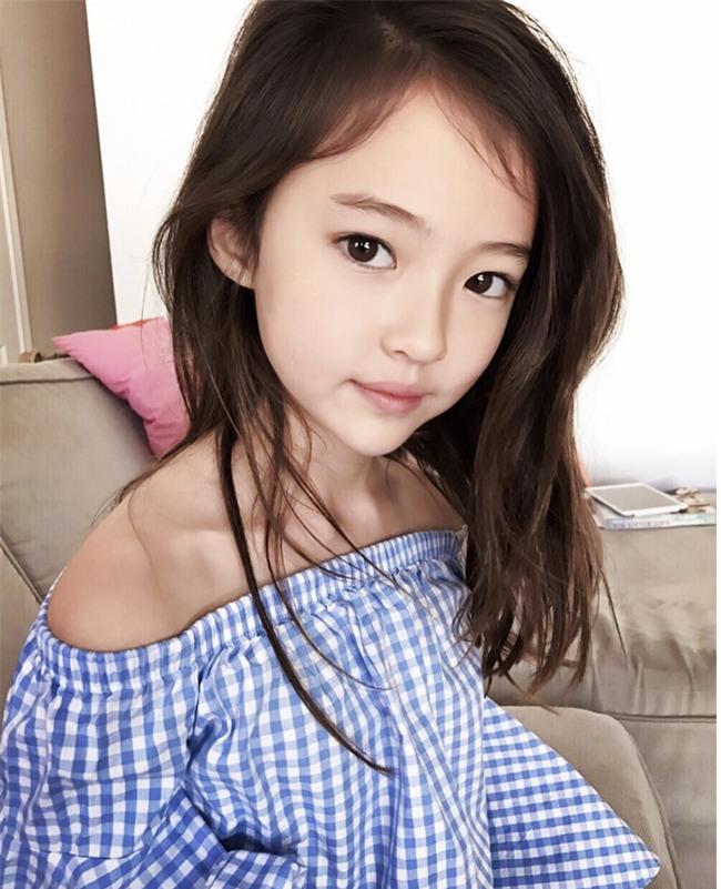 Bé gái Hàn lai Mỹ, mẫu ruột của thương hiệu thời trang đình đám Zara Kids là ai? - Ảnh 9.