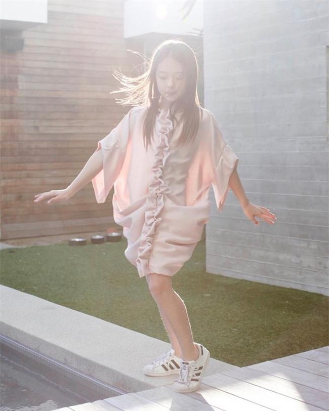 Bé gái Hàn lai Mỹ, mẫu ruột của thương hiệu thời trang đình đám Zara Kids là ai? - Ảnh 17.