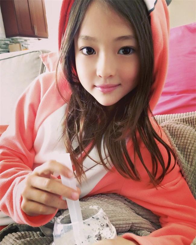 Bé gái Hàn lai Mỹ, mẫu ruột của thương hiệu thời trang đình đám Zara Kids là ai? - Ảnh 19.