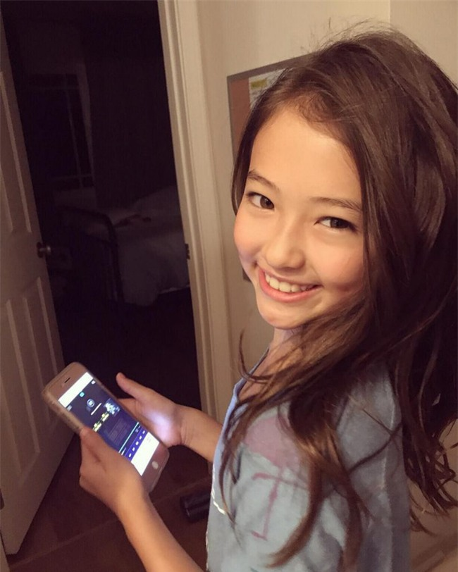 Bé gái Hàn lai Mỹ, mẫu ruột của thương hiệu thời trang đình đám Zara Kids là ai? - Ảnh 28.