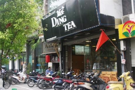 Nhạp nhèm thuong hiẹu trà sũa khong rõ nguòn góc, chỉ nguòi uóng thiẹt!
