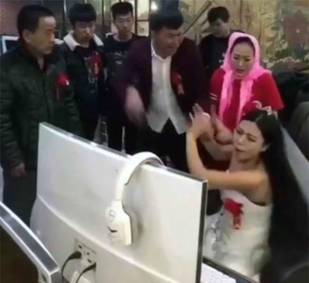 Những cô dâu bá đạo nhất hệ mặt trời khiến người xem cười quên lối-3