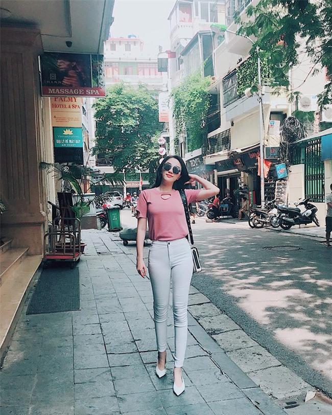 Chán trong nước, sao Việt sang hẳn trời Tây để đọ dáng street style - Ảnh 22.