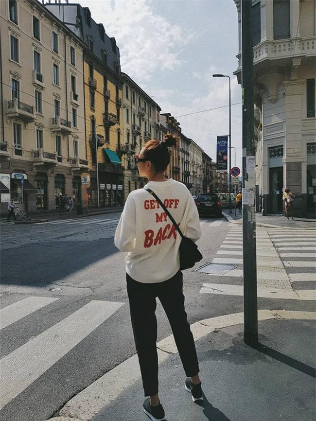 Chán trong nước, sao Việt sang hẳn trời Tây để đọ dáng street style - Ảnh 6.