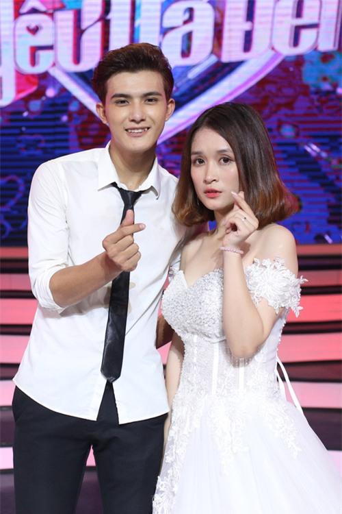 Khán giả nghi ngờ Vì yêu mà đến diễn lại màn tỏ tình của phiên bản Trung Quốc - Ảnh 2.