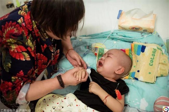 Mẹ nhẫn tâm bỏ con 2 tuổi ung thư, trộm luôn gần 1 tỉ tiền vay cho con chữa bệnh - Ảnh 7.