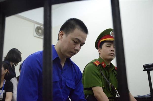 Cập nhật: Xét xử vụ cựu nhân viên ngân hàng Cao Mạnh Hùng dâm ô bé gái 8 tuổi ở Hà Nội - Ảnh 3.