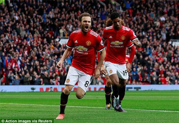 Fellaini lập cú đúp, Man Utd giành chiến thắng 4 sao - Ảnh 3.