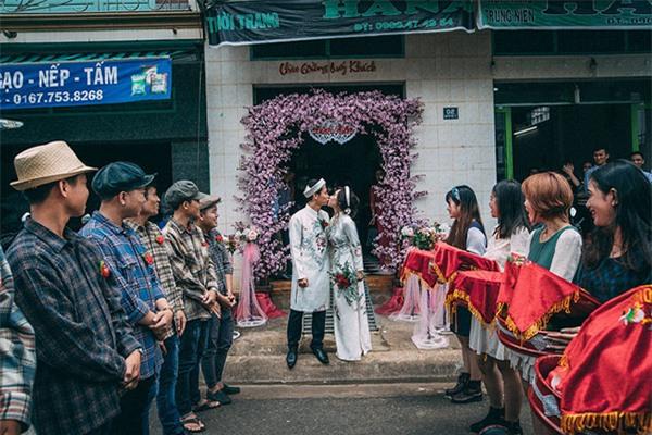 """cuoi bo voi nhung dan be trap """"lay"""" nhat mua cuoi 2017, quan khach 2 ho cung phai """"cam nin"""" - 16"""