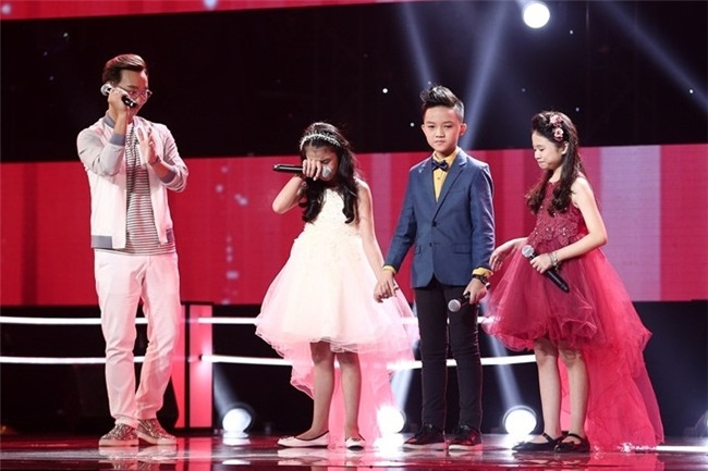 Hoc tro Vu Cat Tuong hat bolero tren san khau The Voice Kids hinh anh 11