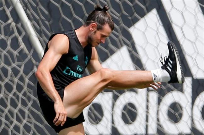 """Bộ """"tam tấu"""" lẫy lừng của Real Madrid toàn trai 6 múi như CR7 - 6"""