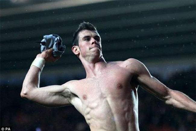"""Bộ """"tam tấu"""" lẫy lừng của Real Madrid toàn trai 6 múi như CR7 - 8"""