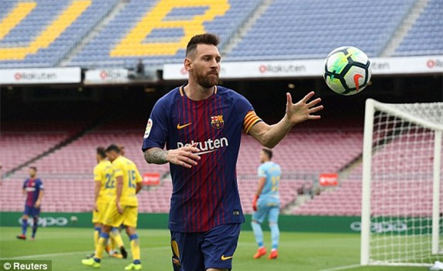 Messi lập cú đúp trong 7 phút, Barca xây chắc ngôi đầu - Ảnh 3.