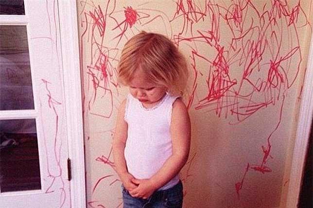 Thay vì cấm cản, hãy khuyến khích con vẽ bậy vì những lợi ích to lớn sau - Ảnh 3.