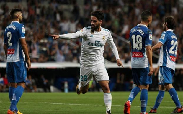 Ronaldo làm nền cho Isco, Real tiếp tục đeo bám Barca - Ảnh 8.