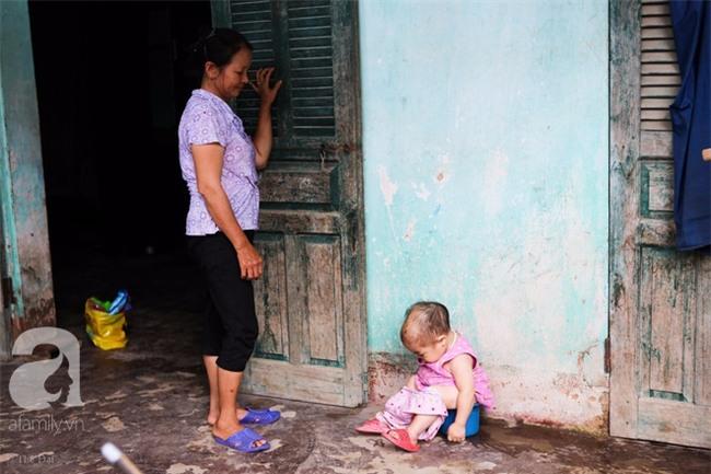 Cuộc đời cô gái gần 30 vẫn mang hình hài của đứa trẻ 2 tuổi: Lủi thủi trong nhà cả đời, không có bạn cùng - Ảnh 16.