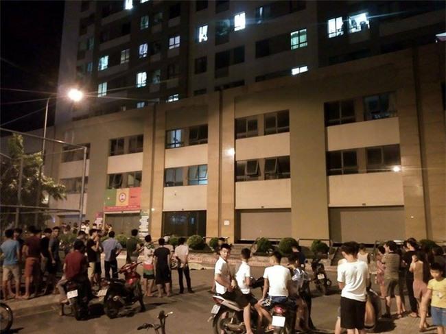 Hà Nội: Người phụ nữ trẻ rơi từ tầng 25 chung cư tử vong tại chung cư Tân Tây Đô - Ảnh 1.