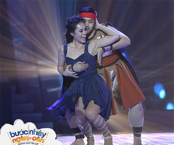 Bước nhảy ngàn cân: Đồng loạt giám khảo tròn mắt với vũ điệu nóng bỏng của thí sinh nặng 1,1 tạ-5