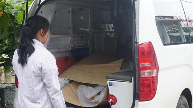 Nhân chứng vụ tai nạn 6 người chết: Sau tiếng nổ như bom, chiếc xe bị xé toang mái và hông - Ảnh 4.