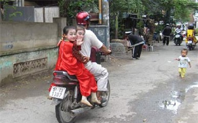 dam-tang-nghe-si-khanh-nam-blogtamsuvn6