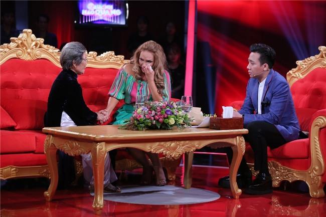 Ca sĩ Thanh Hà nhận ra dì ruột chính là mẹ đẻ sau 20 năm-2
