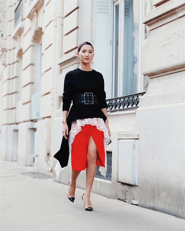 Ngắm loạt streetstyle siêu chất của quý cô châu Á khi đi dự Fashion Week - Ảnh 11.