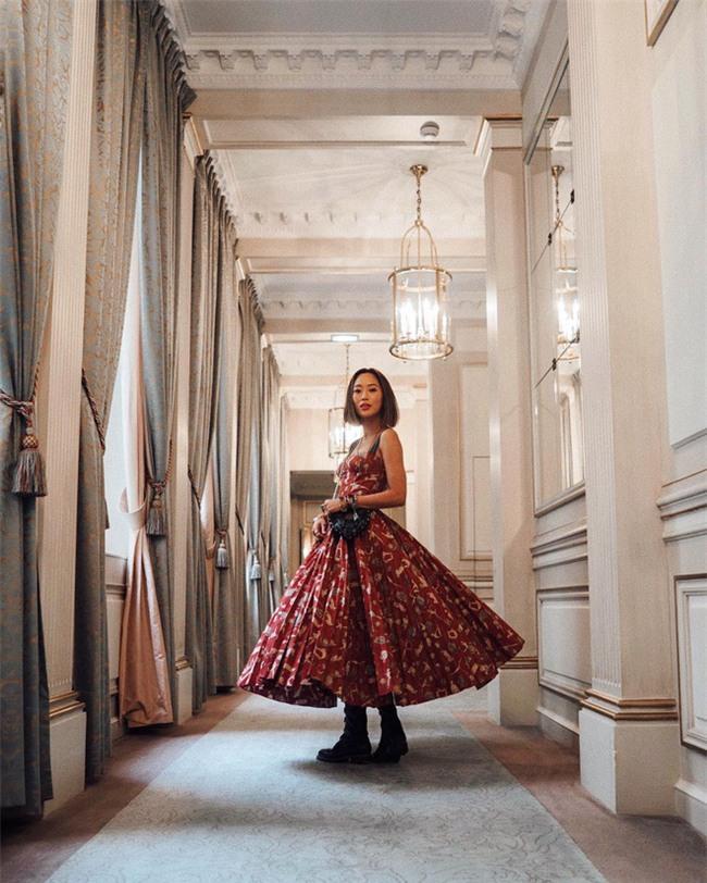 Ngắm loạt streetstyle siêu chất của quý cô châu Á khi đi dự Fashion Week - Ảnh 16.