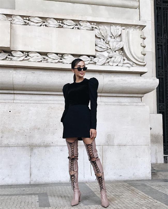 Ngắm loạt streetstyle siêu chất của quý cô châu Á khi đi dự Fashion Week - Ảnh 2.