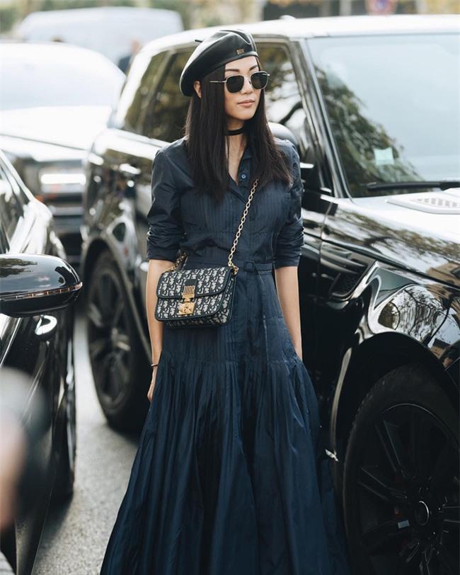 Ngắm loạt streetstyle siêu chất của quý cô châu Á khi đi dự Fashion Week - Ảnh 3.