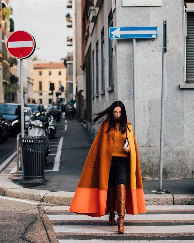 Ngắm loạt streetstyle siêu chất của quý cô châu Á khi đi dự Fashion Week - Ảnh 4.