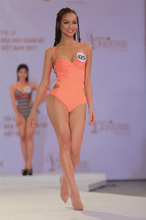 Mai Ngô là ai, hot thế nào mà bắt giám khảo Hoa hậu Hoàn vũ Việt Nam phải Google search? - Ảnh 1.