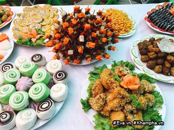"mam buffet trung thu 45 mon cua cac be mau giao vinh phuc khien dan mang cung ""thom them"" - 2"