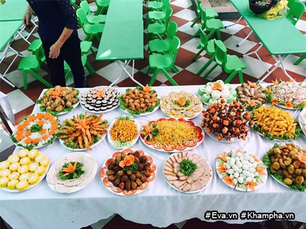 "mam buffet trung thu 45 mon cua cac be mau giao vinh phuc khien dan mang cung ""thom them"" - 3"