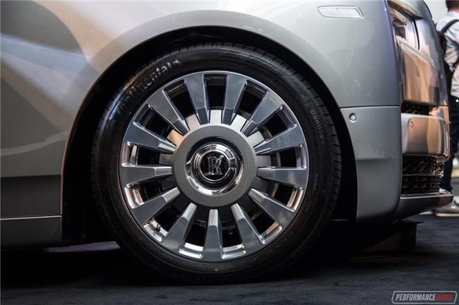 Rolls-Royce Phantom 2018 tuong duong 17 ty dong tai Australia hinh anh 6