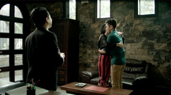 Glee: Angela Phương Trinh bị phát hiện mang thai, lại còn làm bạn trai chán ngán-1