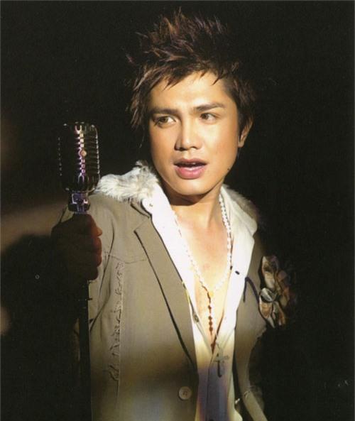Ai là nam ca sĩ nổi tiếng showbiz Việt từng yêu Xuân Lan suốt 7 năm nhưng chỉ nắm tay 2 lần?-2