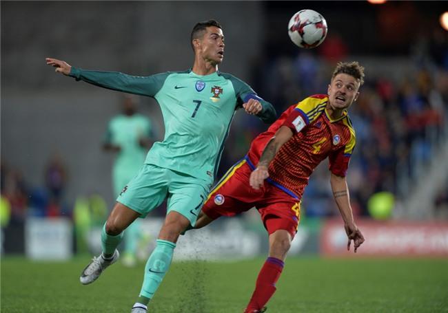 Ronaldo toa sang, Bo Dao Nha tien sat ve du World Cup 2018 hinh anh 4