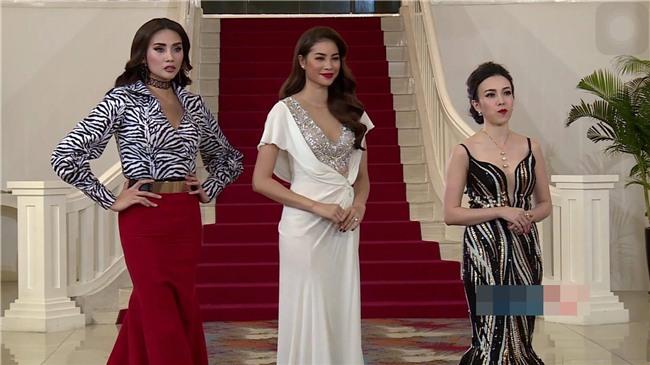 Võ Hoàng Yến lặp lại lịch sử mặc xấu ở Hoa hậu Hoàn vũ Việt Nam 2017-4