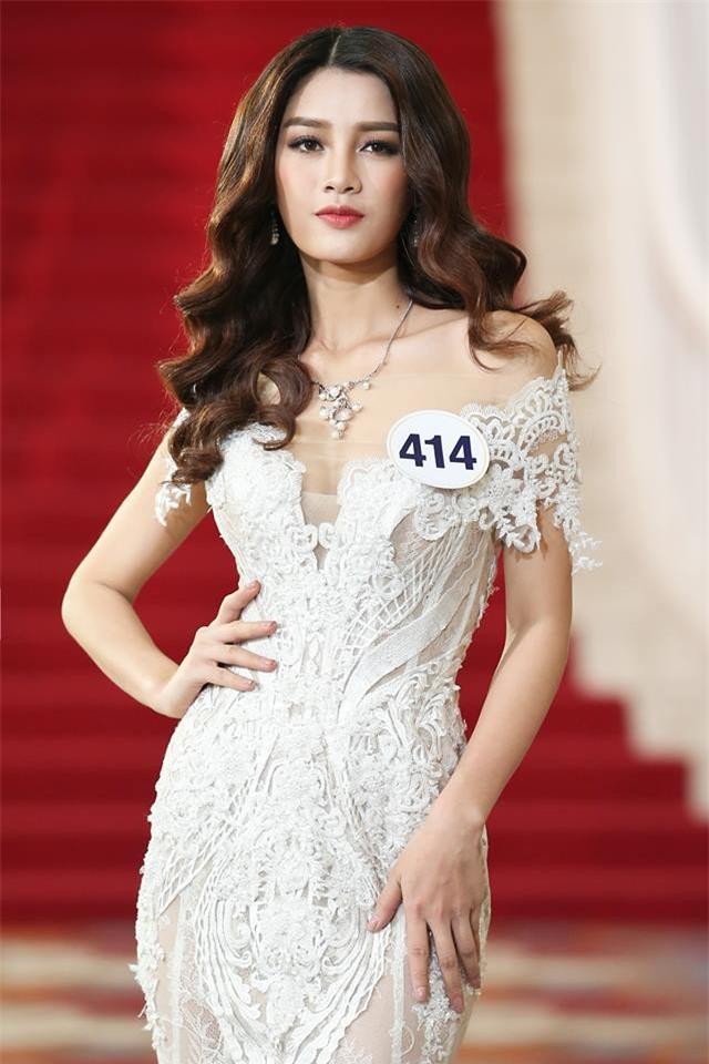 Võ Hoàng Yến lặp lại lịch sử mặc xấu ở Hoa hậu Hoàn vũ Việt Nam 2017-9